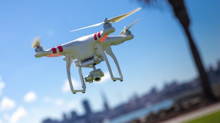Атака с дронове блокира едно от най-големите летища в Лондон