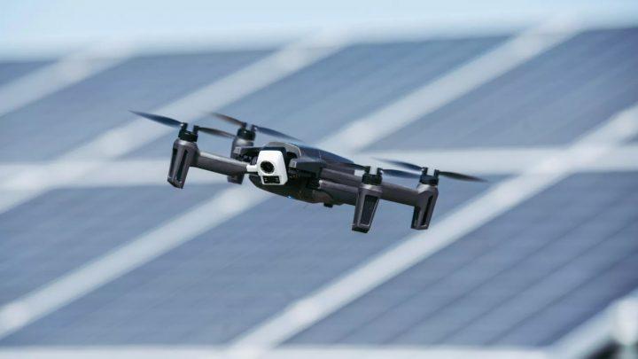 Най-новите дронове на Parrot са снабдени с термална камера за професионалисти