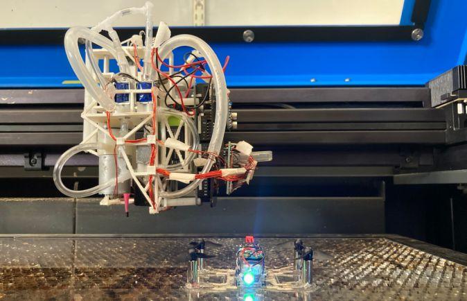 Изследователи създадоха система, която може сама да създава дронове