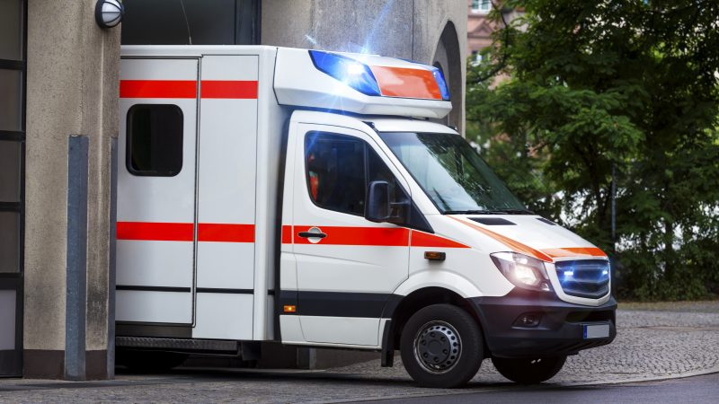 4 причини, заради които да се доверите на услугите на частни линейки София
